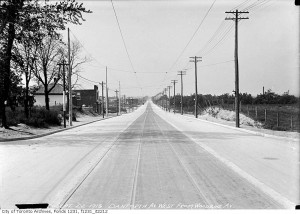 Danforth and Woodbine looking west, Sept. 22, 1915, with the new streetcar tracks and actual paving. (City of Toronto Archives photo)