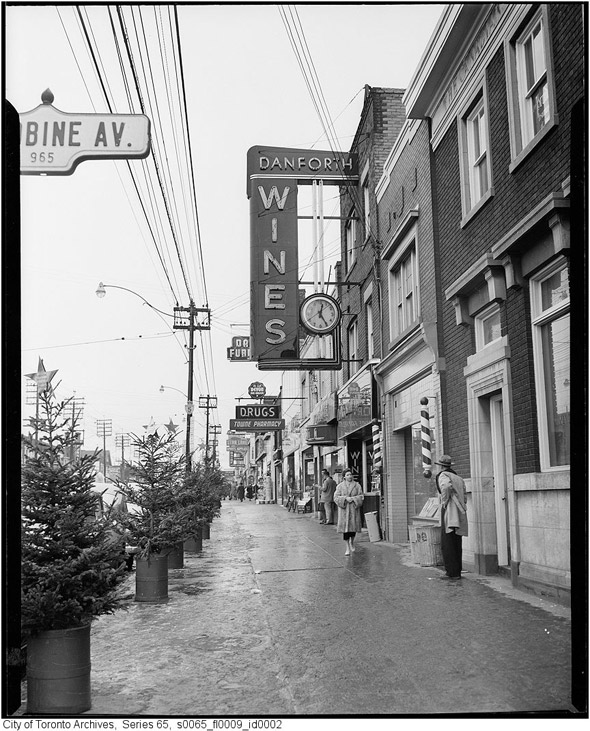 Looking east from Woodbine on the south side in 1954. We could use stores selling beer and wine around here.